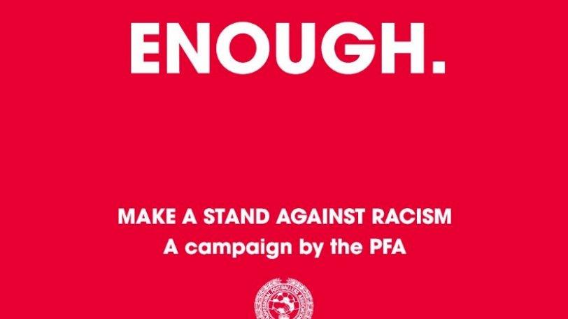 Γέμισαν τα social media με κόκκινες κάρτες κατά του ρατσισμού στην Αγγλία! (pic)