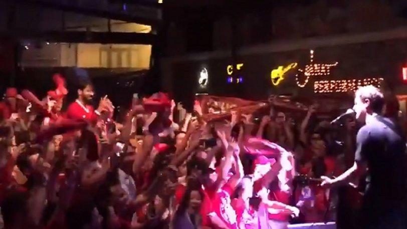 Λίβερπουλ: Πάρτι των οπαδών και στην Κωνσταντινούπολη (vid)