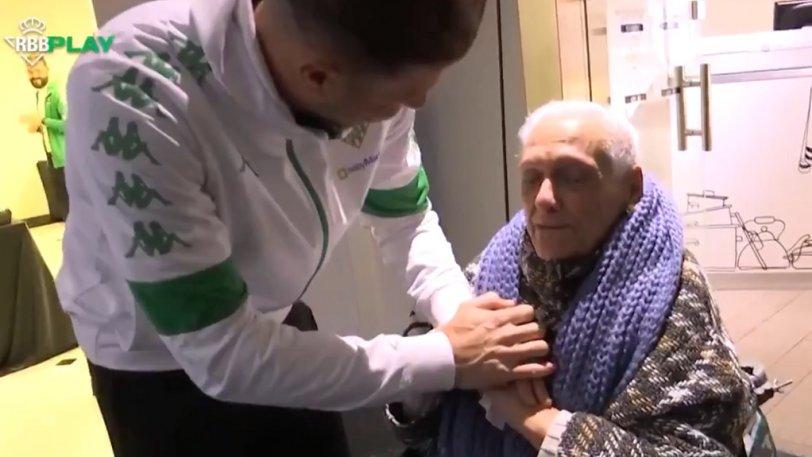 Μπέτις: Συγκίνησε η συνάντηση του Χοακίν με 90χρονη οπαδό... (vid)